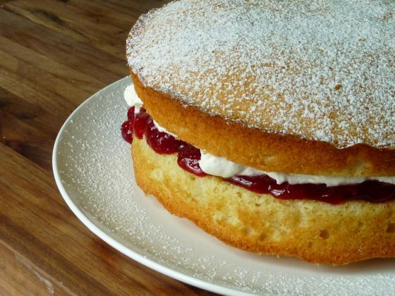Victoria cakes running